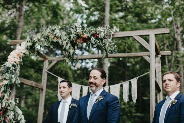 relaxed-boho-north-carolina-wedding-at-rock-quarry-farm-25