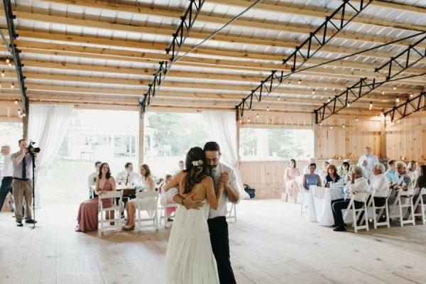 relaxed-boho-north-carolina-wedding-at-rock-quarry-farm-45