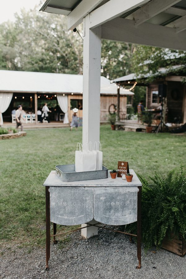 relaxed-boho-north-carolina-wedding-at-rock-quarry-farm-47