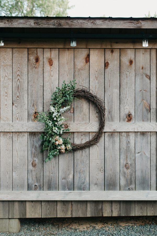 relaxed-boho-north-carolina-wedding-at-rock-quarry-farm-48