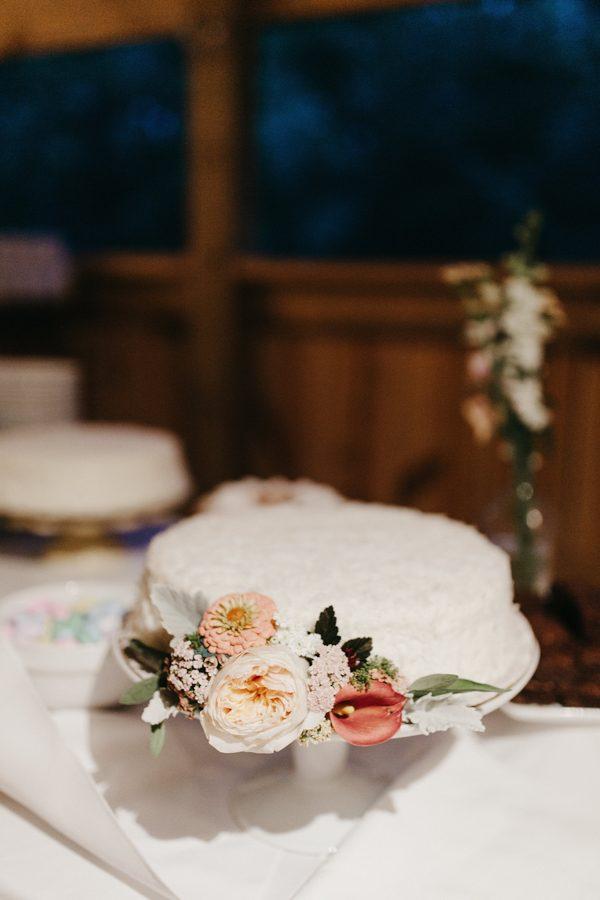 relaxed-boho-north-carolina-wedding-at-rock-quarry-farm-51