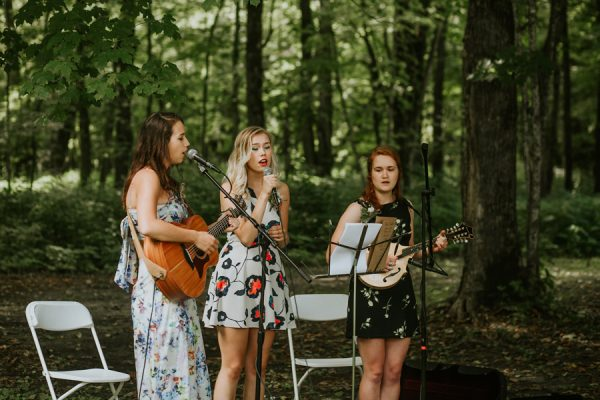 this-couple-made-their-own-traditions-in-their-whitewater-state-park-wedding-3