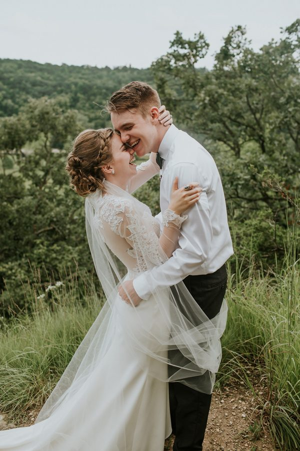 this-couple-made-their-own-traditions-in-their-whitewater-state-park-wedding-9