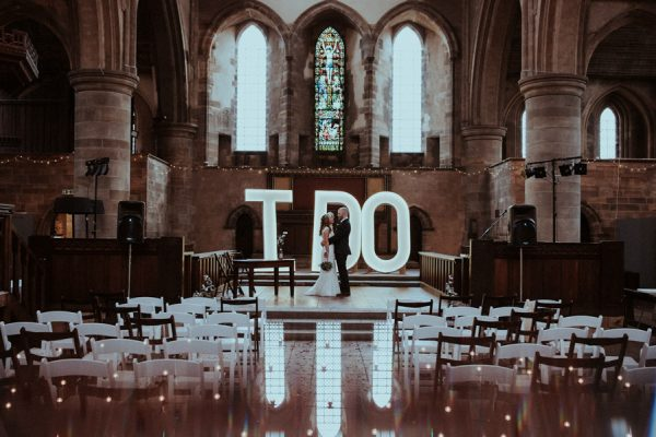 this-couple-said-i-do-in-a-big-way-at-their-leeds-wedding-20