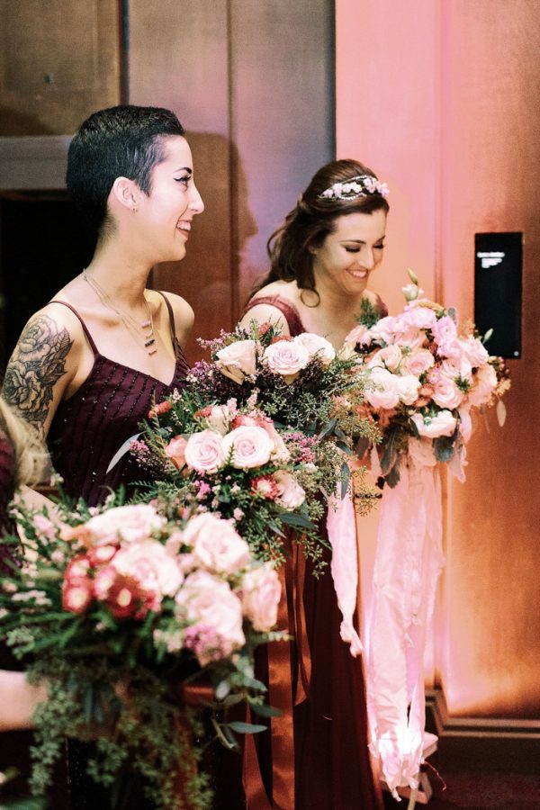 this-houston-museum-of-natural-science-wedding-got-its-inspiration-from-the-gem-and-mineral-exhibit-26
