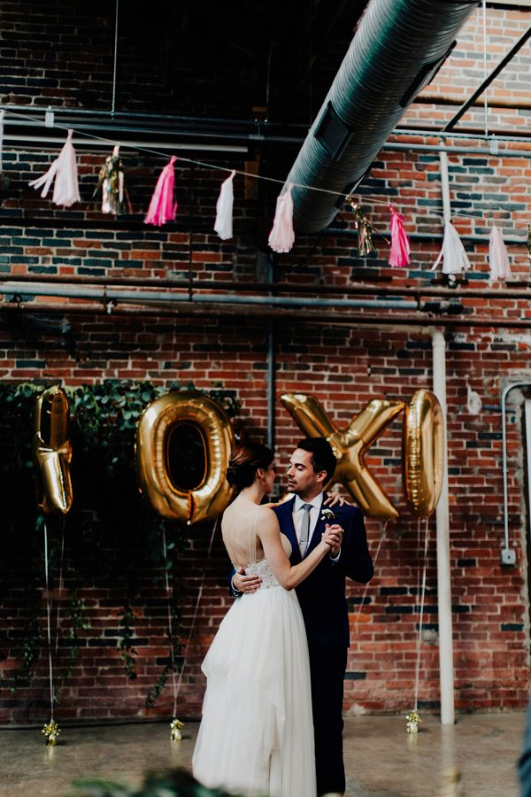 this-quirky-graphic-designer-wedding-is-styled-to-the-nines-48