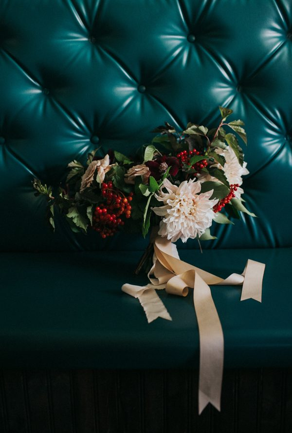vintage-east-austin-wedding-inspiration-with-an-irish-twist-25