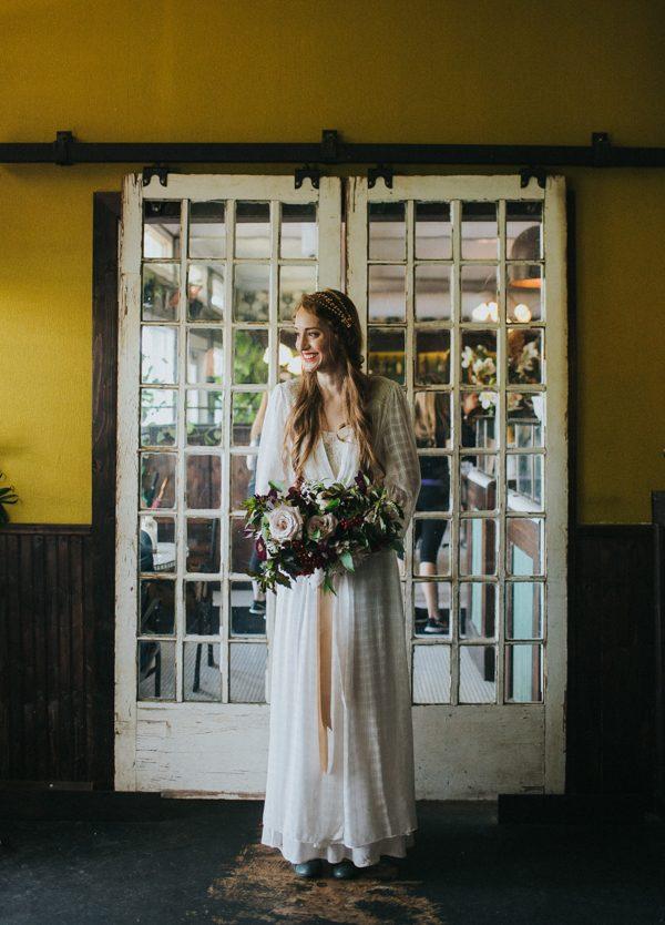vintage-east-austin-wedding-inspiration-with-an-irish-twist-26
