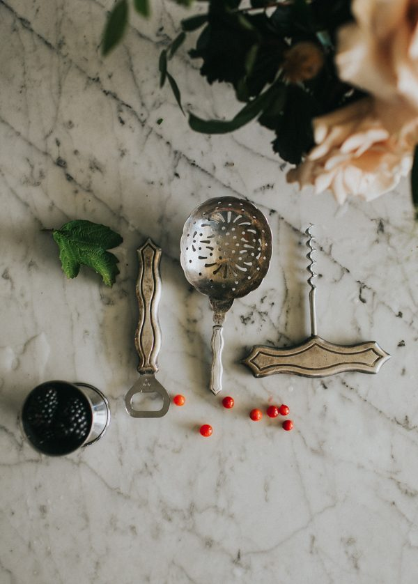 vintage-east-austin-wedding-inspiration-with-an-irish-twist-31