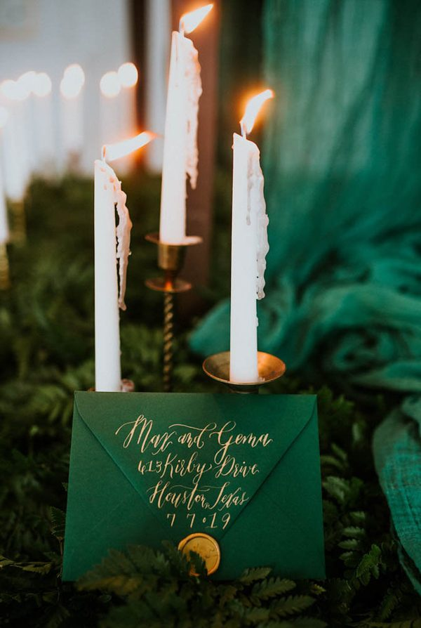 we-guarantee-youll-get-butterflies-over-this-dreamy-emerald-wedding-inspiration-8