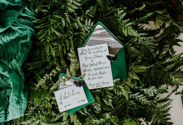 we-guarantee-youll-get-butterflies-over-this-dreamy-emerald-wedding-inspiration-9