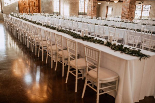 black-and-emerald-texas-wedding-at-olde-dobbin-station-joseph-west-14