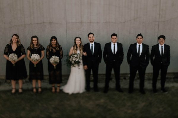 black-and-emerald-texas-wedding-at-olde-dobbin-station-joseph-west-39