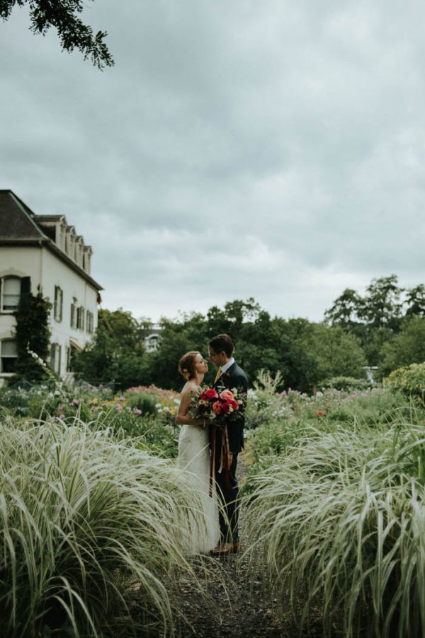 botanical-toronto-wedding-at-spadina-house-museum-daring-wanderer-21