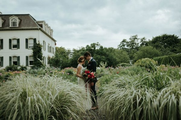 botanical-toronto-wedding-at-spadina-house-museum-daring-wanderer-22