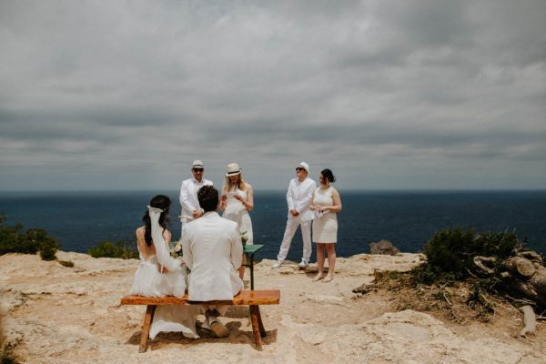 effortless-cliffside-wedding-in-ibiza-sascha-kraemer-18