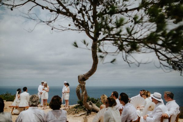 effortless-cliffside-wedding-in-ibiza-sascha-kraemer-19