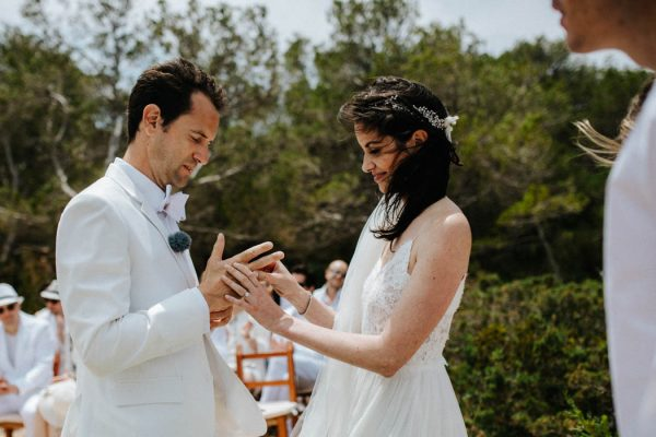 effortless-cliffside-wedding-in-ibiza-sascha-kraemer-20