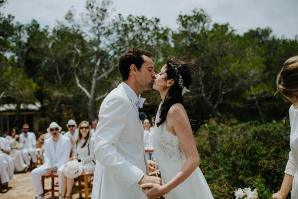 effortless-cliffside-wedding-in-ibiza-sascha-kraemer-21
