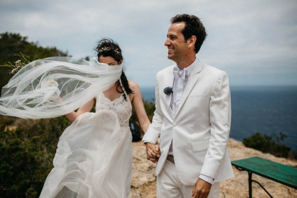 effortless-cliffside-wedding-in-ibiza-sascha-kraemer-23