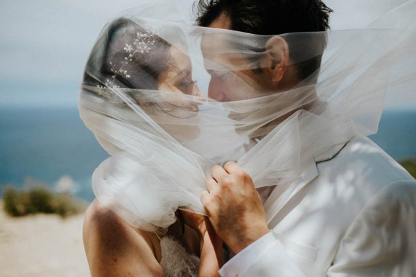 effortless-cliffside-wedding-in-ibiza-sascha-kraemer-28