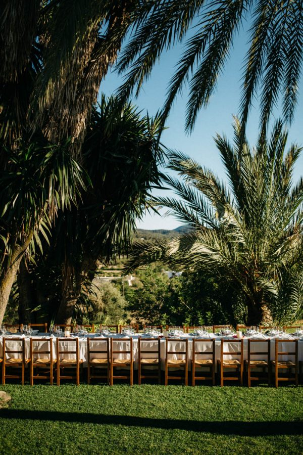 effortless-cliffside-wedding-in-ibiza-sascha-kraemer-34