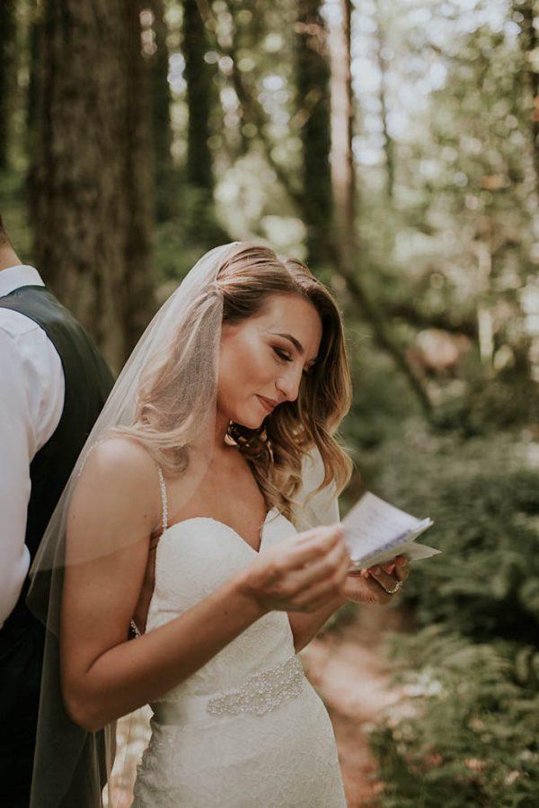 modern-romantic-portland-wedding-at-leftbank-annex-olivia-strohm-photography-12