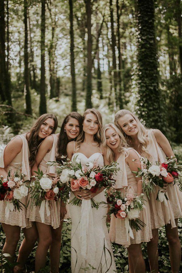 modern-romantic-portland-wedding-at-leftbank-annex-olivia-strohm-photography-17