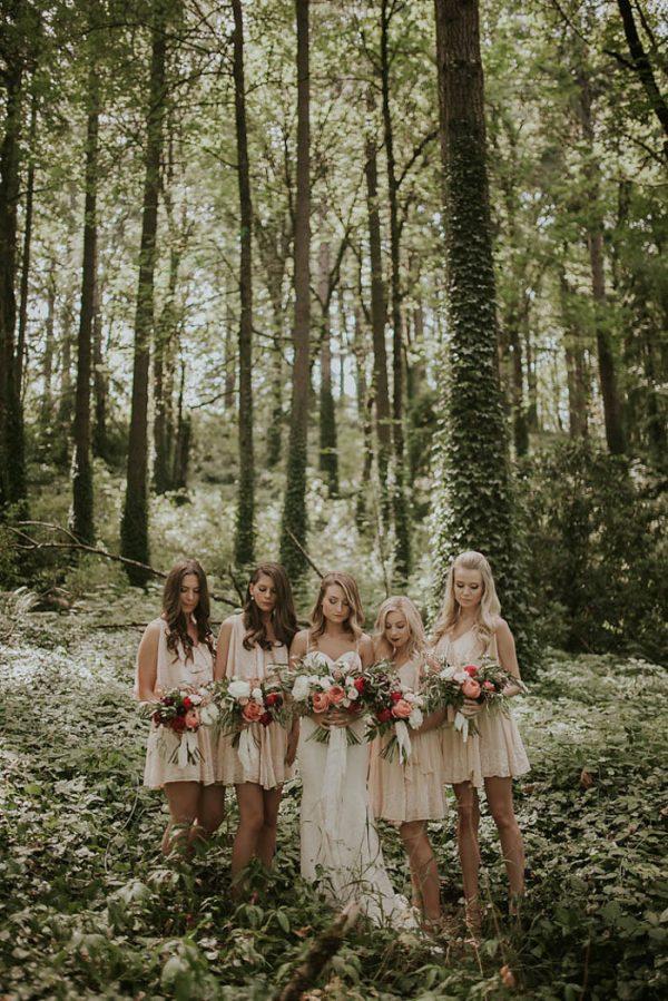modern-romantic-portland-wedding-at-leftbank-annex-olivia-strohm-photography-18