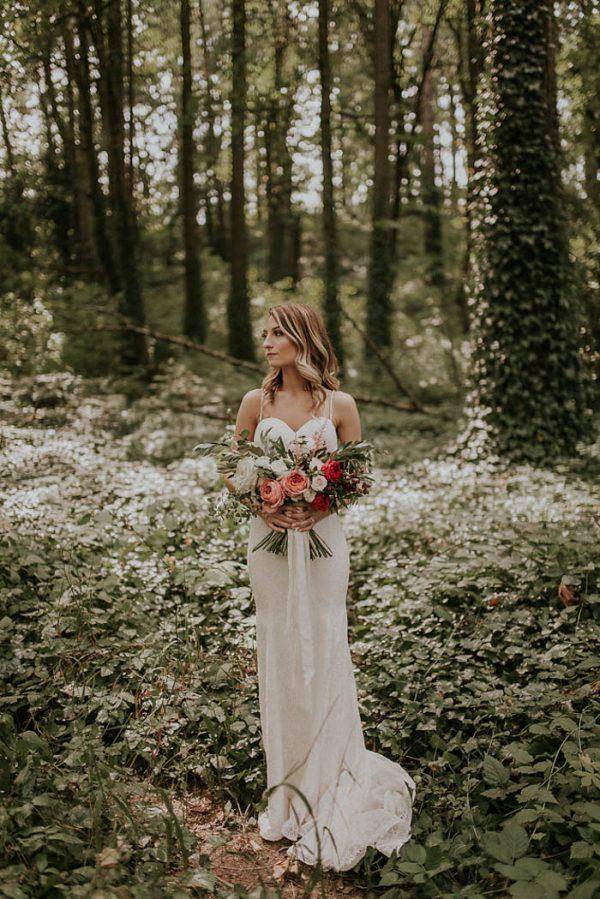 modern-romantic-portland-wedding-at-leftbank-annex-olivia-strohm-photography-19