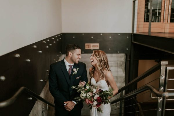 modern-romantic-portland-wedding-at-leftbank-annex-olivia-strohm-photography-31