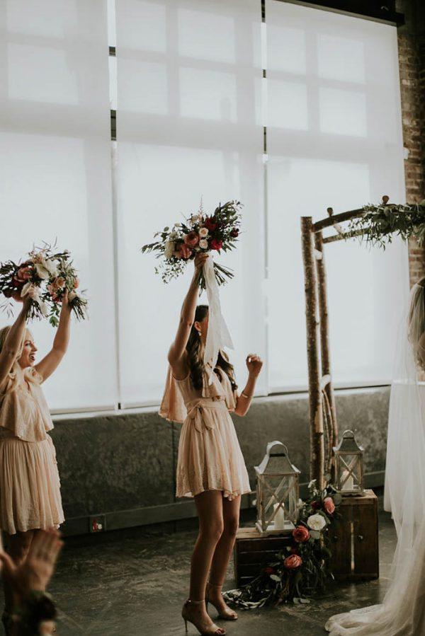 modern-romantic-portland-wedding-at-leftbank-annex-olivia-strohm-photography-36