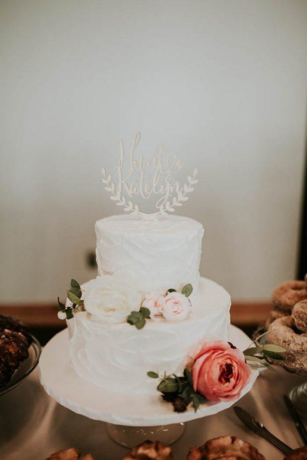modern-romantic-portland-wedding-at-leftbank-annex-olivia-strohm-photography-38