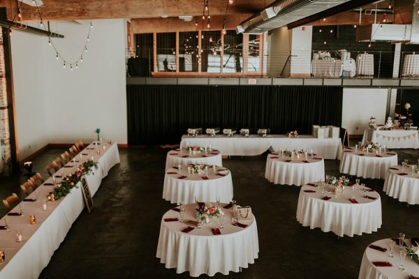 modern-romantic-portland-wedding-at-leftbank-annex-olivia-strohm-photography-44
