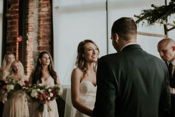 modern-romantic-portland-wedding-at-leftbank-annex-olivia-strohm-photography-50
