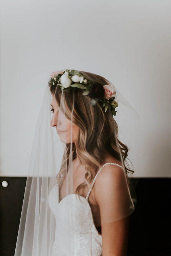 modern-romantic-portland-wedding-at-leftbank-annex-olivia-strohm-photography-54
