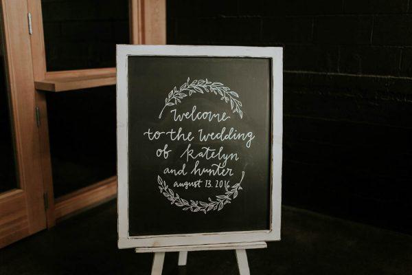 modern-romantic-portland-wedding-at-leftbank-annex-olivia-strohm-photography-57