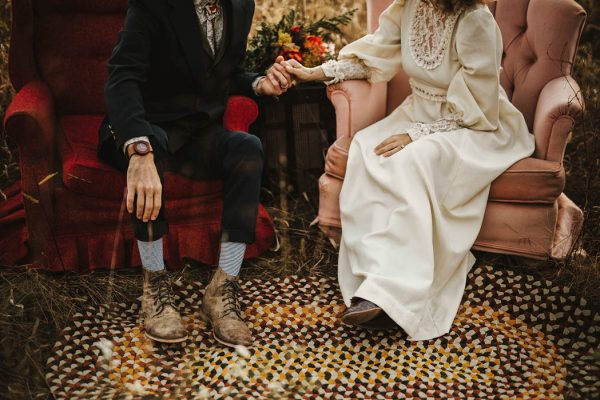 this-70s-wedding-inspiration-truly-looks-like-it-came-from-another-era-brandi-potter-14