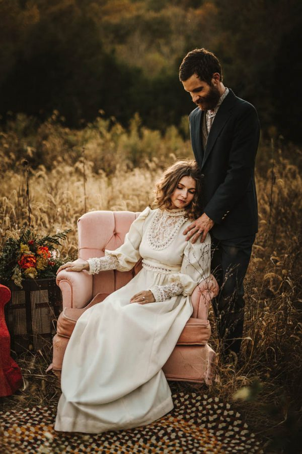 this-70s-wedding-inspiration-truly-looks-like-it-came-from-another-era-brandi-potter-16