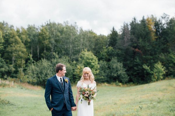 this-michigan-orchard-wedding-at-belsolda-farm-is-quintessentially-autumn-vafa-photography-12