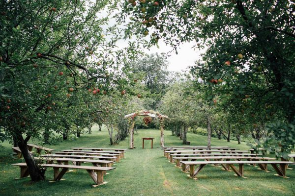 this-michigan-orchard-wedding-at-belsolda-farm-is-quintessentially-autumn-vafa-photography-27