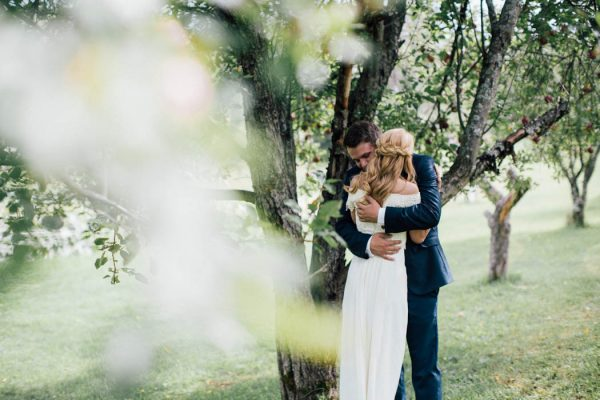 this-michigan-orchard-wedding-at-belsolda-farm-is-quintessentially-autumn-vafa-photography-40