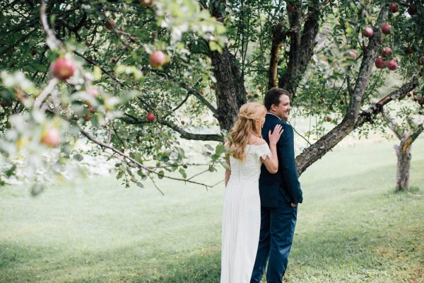 this-michigan-orchard-wedding-at-belsolda-farm-is-quintessentially-autumn-vafa-photography-53