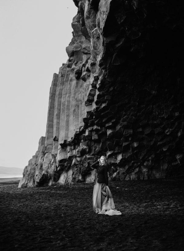 beautifully-wild-iceland-bridal-inspiration-18