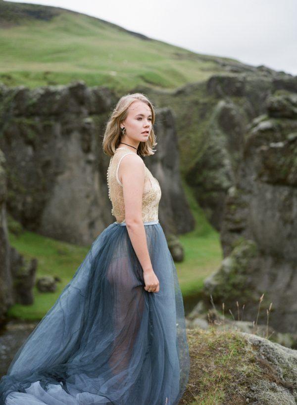 beautifully-wild-iceland-bridal-inspiration-19