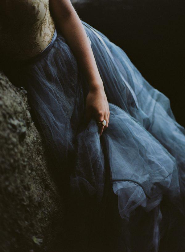beautifully-wild-iceland-bridal-inspiration-23