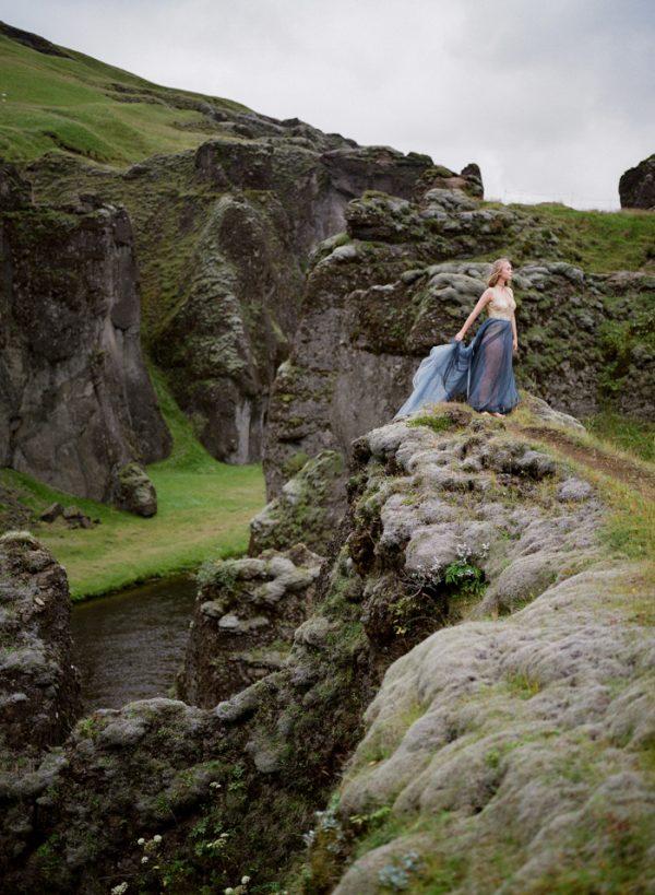 beautifully-wild-iceland-bridal-inspiration-25
