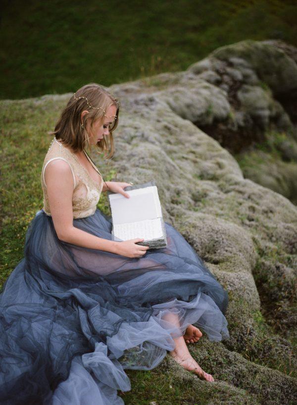 beautifully-wild-iceland-bridal-inspiration-26