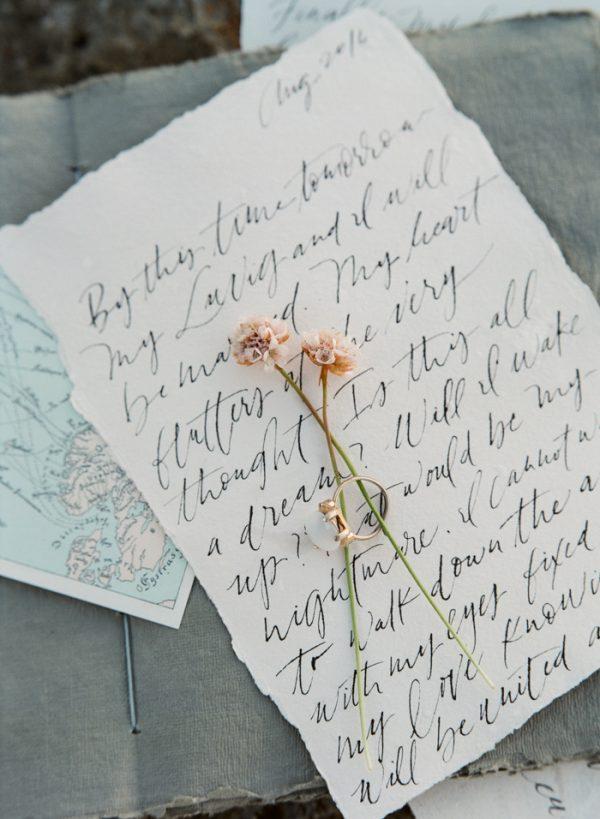 beautifully-wild-iceland-bridal-inspiration-32