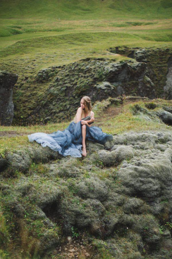beautifully-wild-iceland-bridal-inspiration-8